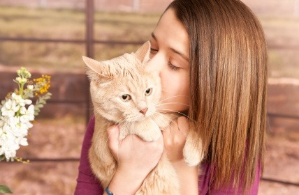 Kissing your cat can have positive health benefits but it